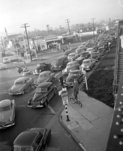 490px-Traffic_Jam,1953